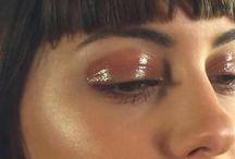 Glossy Eye Look