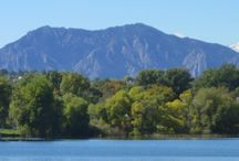 Share the love about Boulder Colorado / Places in Boulder that make this such a great city.  Parks, coffee shops, dining, shopping, where to park for football games and where to see the perfect sunrise on a hike.