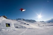Snowboard / Photos about snowboard. Snowboarder, Snowpark and skiresorts for riders! / by Mondo Neve