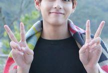 Taehyung(gucci boy)