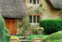 Cotswold Cottage / by Kathy Stevens