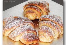 jemné orechové croissanty