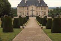 Chateau's and mansions