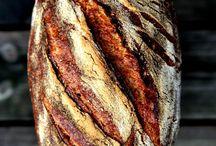 Brot für die Welt / Brot wird überall gebacken und geliebt, in vielfältigsten Formen