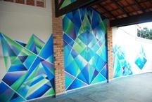 Arte Grafiti (Nova Sede) / A nova sede da Tec Triade Brasil deve transmitir a criatividade e a diversidade das mídias sociais, além de ser um lugar empolgante para se trabalhar! Por isso, trouxemos um artista brasileiro descoberto na Austrália para ambientar a nossa nova sede em Grafiti! Veja o resultado! =)