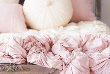 bedding & throws / by Susan Lowery