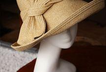 sombreros , bolsos de paja..