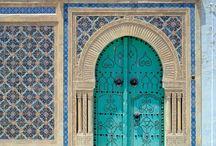 أبواب / Usually Tunisian doors. Traditional Art / by Helmi Belgaïed حلمي بالقايد