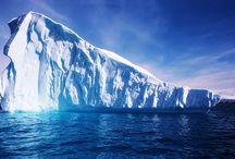 Ocean and icebergs