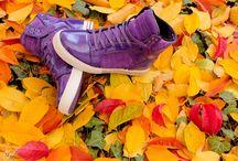 2015 Supra Erkek Modeller / Supra Ayakkabı, ünlü bir Amerikan spor ayakkabı markası olarak satışa sunuluyor. Popüler sanatçıların özellikle Justin Bieberin tercihi ile adını dünyaya duyurmuş olan Supra marka ayakkabı, hitap ettiği kitlenin genç oluşuyla paralel olarak dinamik, rengarenk, rahat spor ve tarz stiller ortaya çıkartmaktadır. Özellikle kendi spor tarzını yaratmaktan hoşlanan gençler için vazgeçilemeyen bu Supra modeller, grubundaki pek çok ürünün üzerinde bir popülerlik göstermektedir.