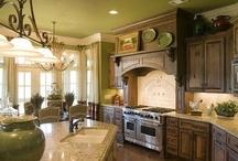 Future Home Ideas / by Savannah Miller