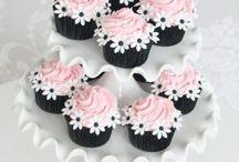 Cupcakes / by Amanda Walker