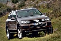 Volkswagen Touareg  / Le Volkswagen Touareg est un SUV haut-de-gamme qui se caractérise par une polyvalence et une qualité de conception exceptionnelles.  http://volkswagen-versailles.com/vehicules-neufs-volkswagen/vw-touareg