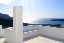 Luxury villas & residences in the Greek islands / The most exclusively selected villas and residences in the enchanting Greek islands of Paros and Antiparos