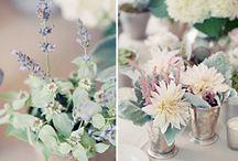 Bouquet de fleurs et des plantes pour le mariage /  Bouquet de fleurs et des plantes pour le mariage