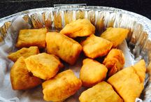 Riccarton Market Sundays from 9-2 / Fresh hott fry bread with your choice of 3 yummy toppings or delightful on its own!