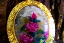Lanie's Accessories Paintings / flowers in love..