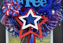 Red-White-Blue / Getting and sharing all the clever, beautiful, genuine ideas of wreaths! / by Elena