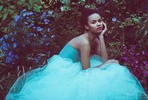 Elegance in Wonderland / Alice nel paese delle meraviglie rivisto con l'eleganza di abiti lunghi, mood pastello e fairy