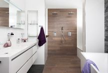 bathrooms - white&wood