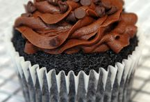 Everything Cupcakes / by Wanda Lakey