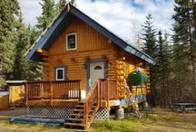 Log cabins and tiny houses