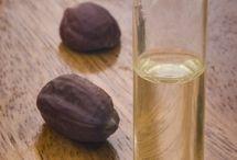 aromatherapy recipes / by Asia Czyz
