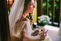 Veils & hair accessories / A selection of elegant veils and unique hair accessories for the beautful bride.