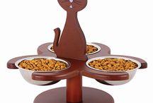Cats -> Feeder/Water Dispenser