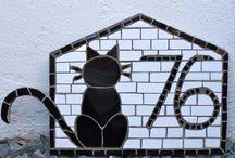 Mosaicos y Letreros
