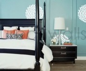 """Home Staging: Contemporary / Urban / """"Clean lines inspire, but keep it warm and inviting,"""" says The Staging Diva."""