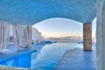 Un tuffo nel Lusso  - Le più stravaganti piscine d' Hotel / Le più splendide piscine d' hotel che abbiamo trovato girovagando per il mondo.