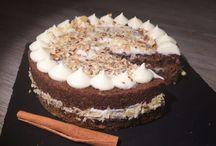 Carrot cake / pastel de zanahoria con topping de queso crema
