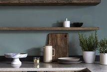 Minimalist Rustic Kitchen / Rustic Kitchen and farm house kitchen decor.