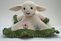 mini cuddly blanket