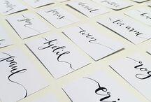 Kalligrafi / Vi håndlager bordkort mm.