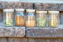 Dressings and spice mixes