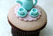 Cake/cupcake ideas / by Angelia