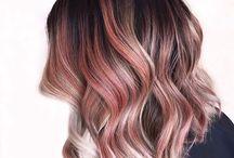 Μαλλιά Στο Ύψος Του Ώμου