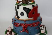 Let Them Eat Cake / by Georgia Farmer