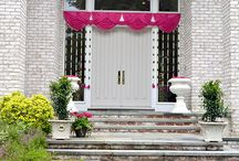Indian Wedding Style by Glamorous Event Planners / An appealing environment of an Indian Wedding created by Glamorous event planners