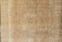Antique Aye / Creativas y rediseñadas alfombras over-dyed
