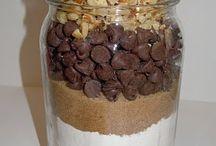 Cake mixes in a jar