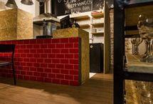 Bar / Aqui você vai encontrar projetos e decoração de bar. Saiba como criar uma linda decoração para bar com muitos enfeites para bar. Veja também decoração de pub e surpreenda-se com as dicas e ideias para  decoracao bar. Boa decor! #decoracaodebar #enfeitesparabar #decoracaobar