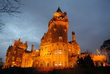 Casa Loma / Completed in 1914, Casa Loma is a historical landmark as one of North America's only castles and offers a one of a kind backdrop for any event.
