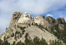 SOUTH DAKOTA SITES / Places to see and visit in South Dakota.