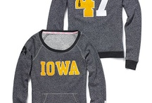 Iowa Hawkeyes / by Elyssa Rung