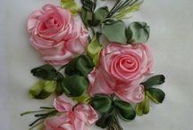 Kumaş Dantel Güller Ve Çiçekler