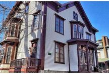 Historic Homes / Historic homes have such great character, they deserve a board all for themselves.