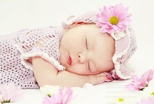Adorible baby poses  / by Gracie Doyle